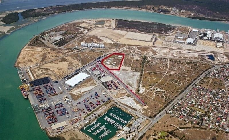 15 ACRE PORTSIDE DEVELOPMENT SITE @ $99 PER M2